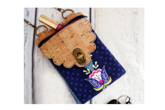 Scalloped Flap Cross Body Zipper Bag - in the Hoop Embroidery Download