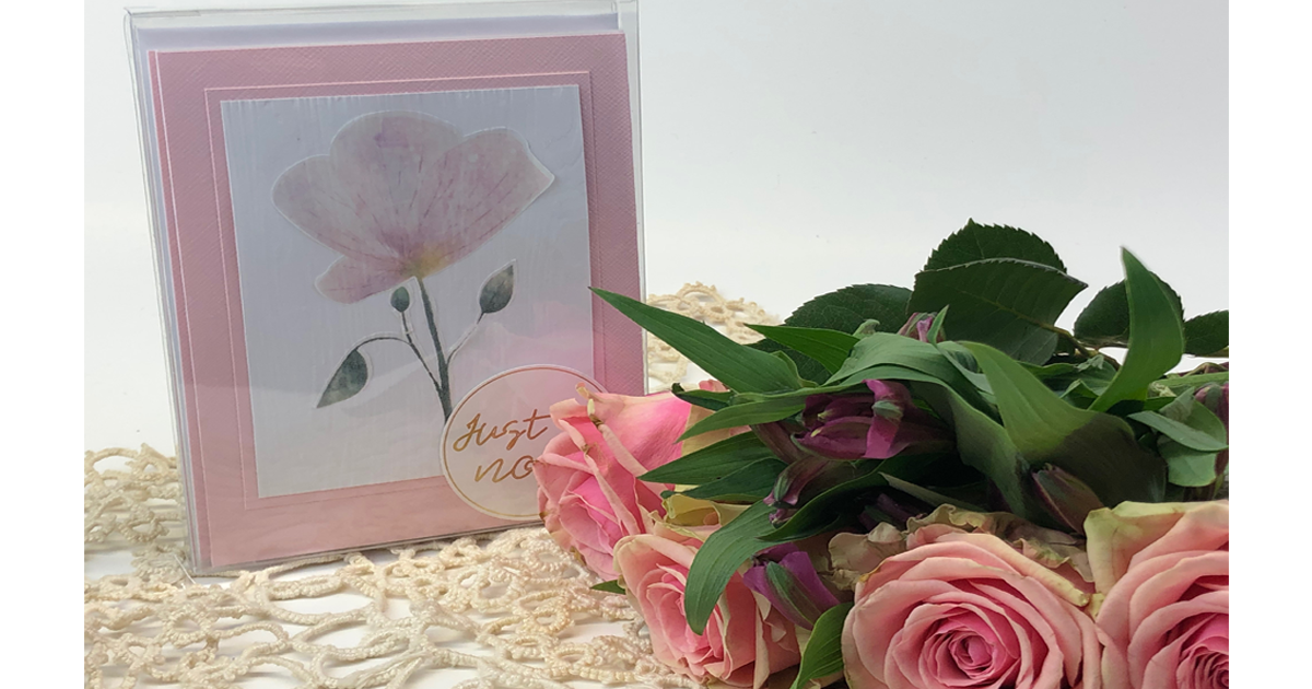 Create your own Spring Themed Floral Notecards