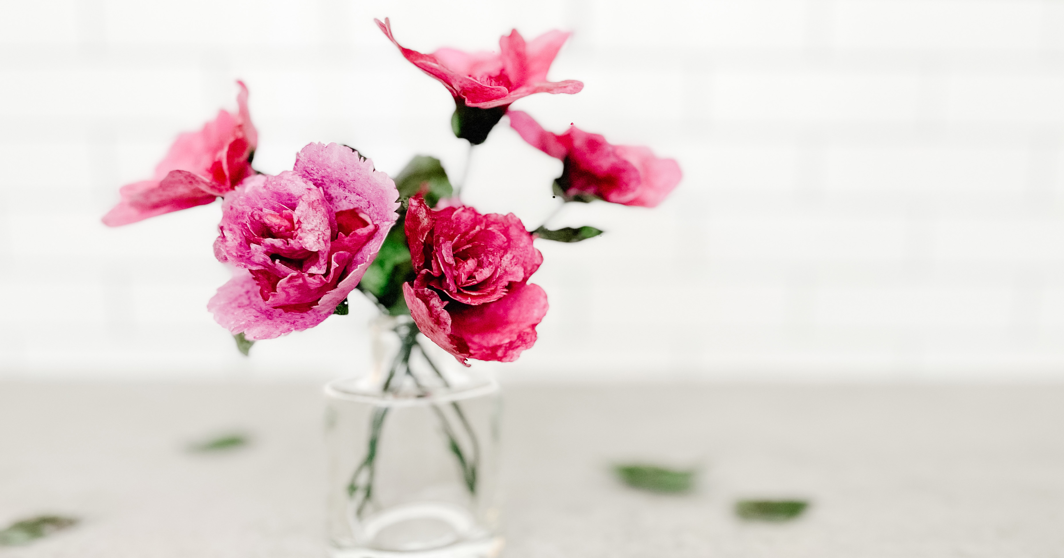 How to Make Edible Wafer Paper Flowers
