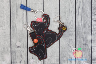 Haunted Cat ITH KeyFob Snaptab Halloween Embroidery Design By embroiderydesigns101
