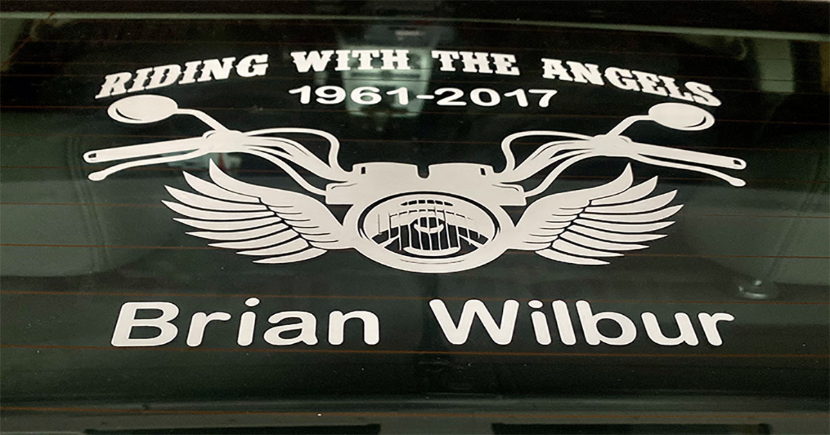 Making Memorial Car Decals main article image