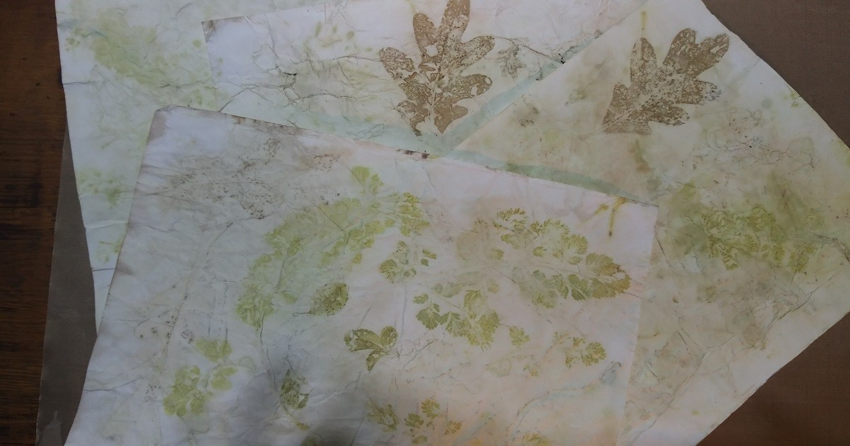 How to Eco-Dye Paper and Envelopes