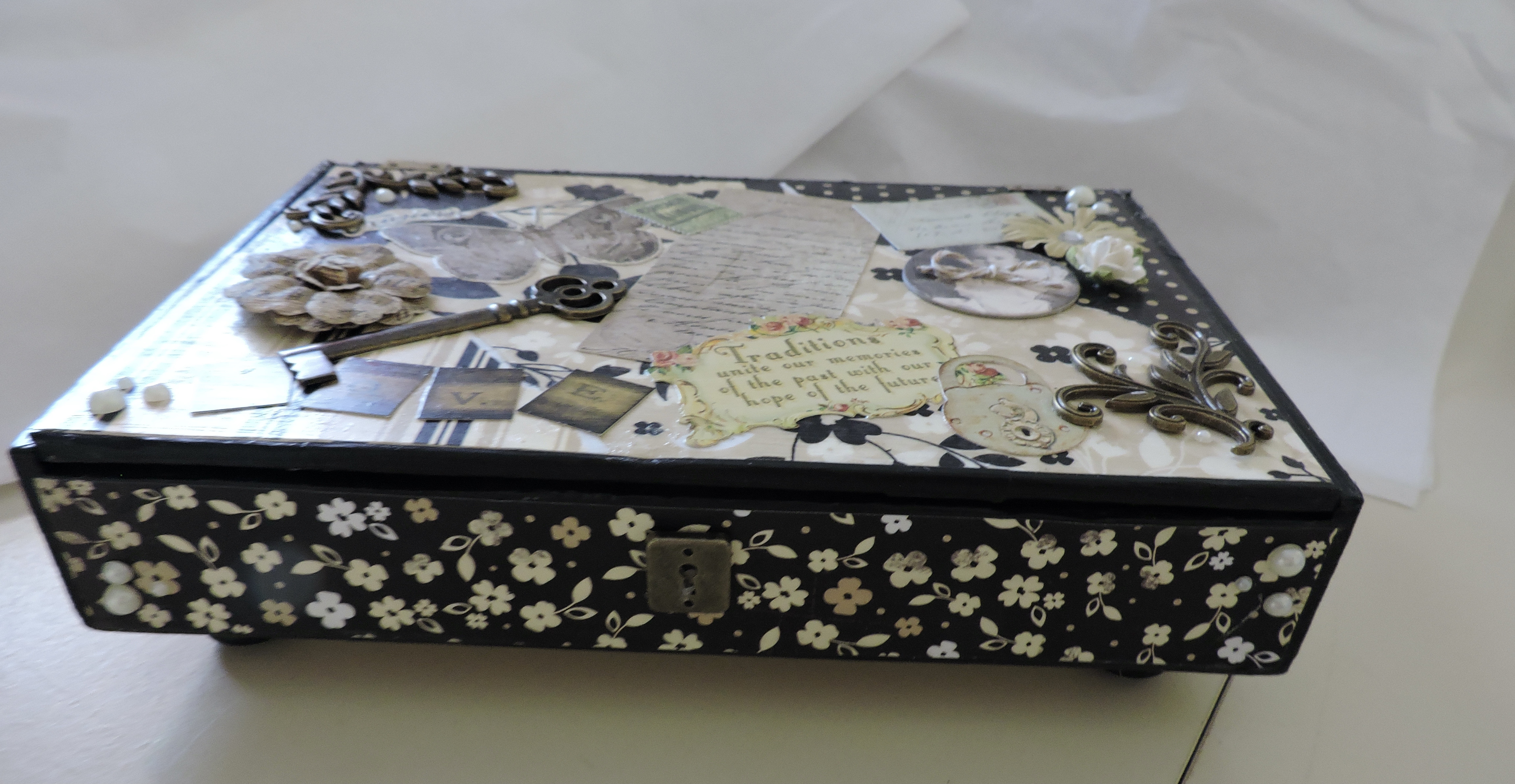 Create a Jewelry and Memory Box from Recycled Cigar Box