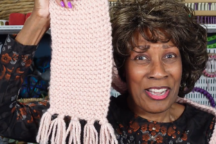 How to Loom Knit a Scarf Classes By wambui
