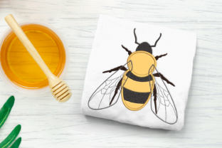 Realistic Bee Applique Bugs & Insects Embroidery Design By DesignedByGeeks