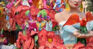 How to Create Paper Parade Float Flowers