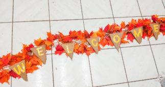 How to Make a Festive Garland for the Holidays