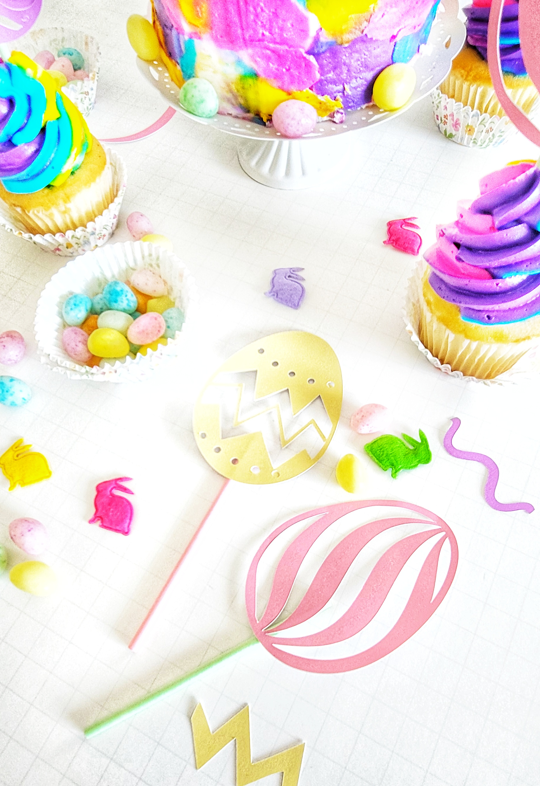 DIY Easter Cupcake Toppers with Cricut Joy