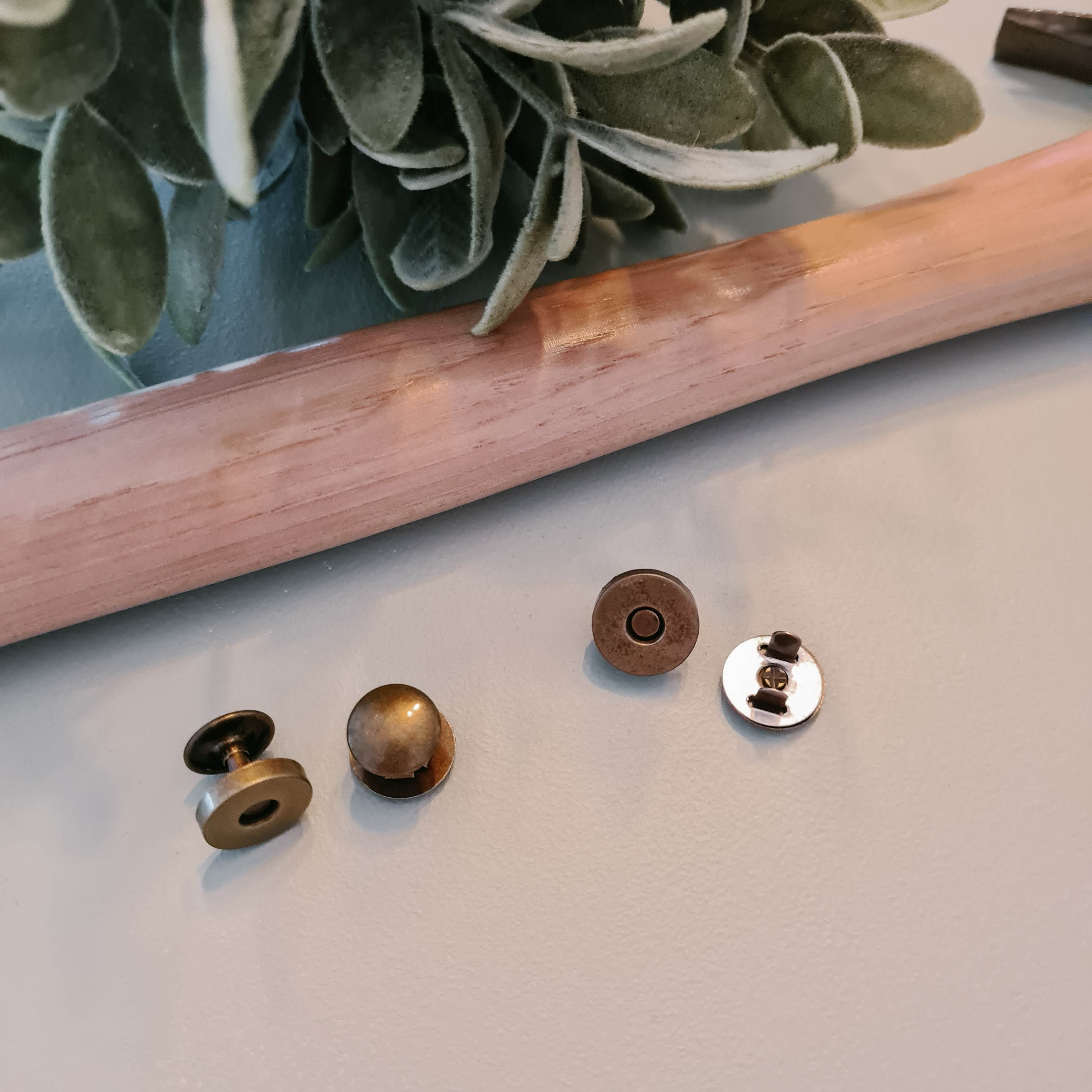 Double Sided Rivet Magnetic Snap